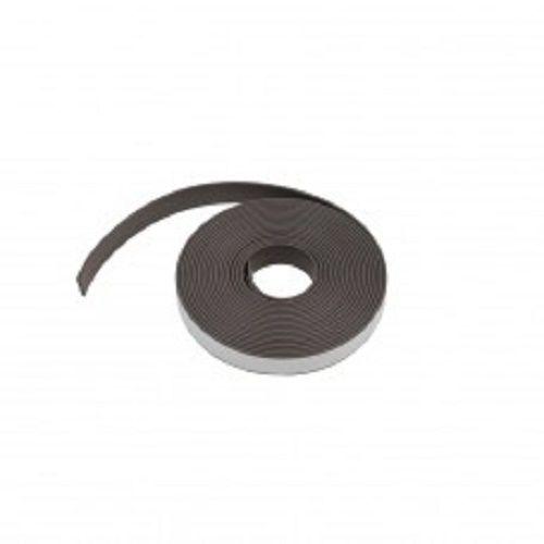 Zelfklevende magneetband